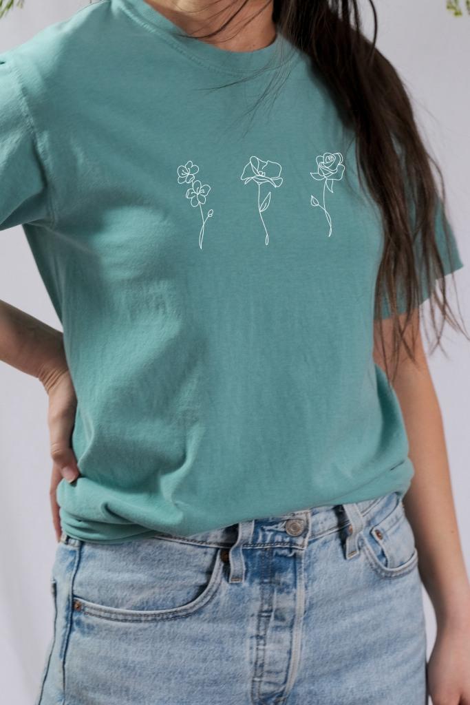 birth month flower sweatshirt tee mom shirt unique gift